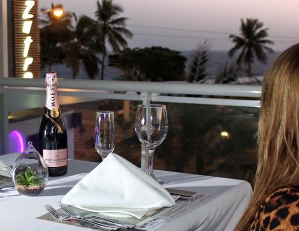Zutros, Restaurante, Bar, En Agenda, Avenida España,