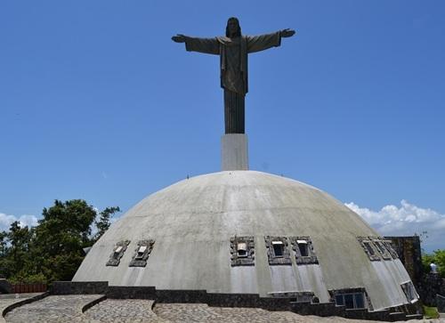 Teleférico de Puerto Plata, Teleférico, turistas nacionales, turistas extranjeros, Cristo Redentor, artesanos puertoplateños,