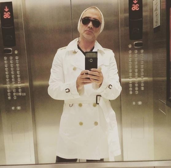 Alejandro Fernández, selfie, Instagram, críticas, total look,